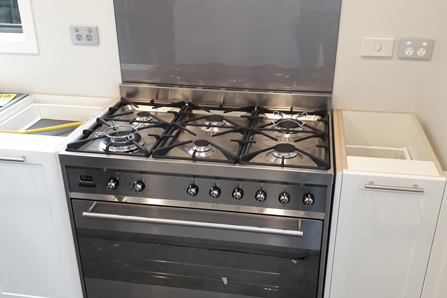 Professional Cooker Installation in London